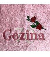 Handdoek met naam, trouwdatum en duifjes badtextiel, duifjes, handdoek, handdoek met naam, naam, trouwdatum