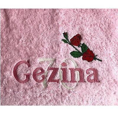 Handdoek met naam, roos en leeftijd badtextiel, handdoek, handdoek met naam, handdoek met naam en leeftijd, leeftijd, naam, roos, verjaardag