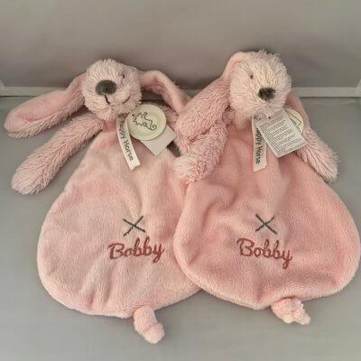 Rabbit Richie tuttle met naam happy horse, happy horse met naam, konijn, rabbit, rabbit richie met naam, rabbit richie tutt;e, richie, tuttle