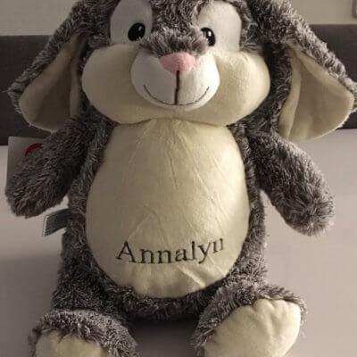 Bunnie het konijn bunnie het konijn, cubbies, konijn knuffel met naam, konijn met naam