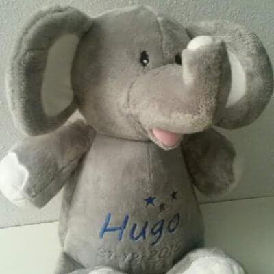 Olifantje in 5 verschillende kleuren knuffiezz, met naam, olifant, olifant met naam, olifantje, olifantje blauw, olifantje lavendel, olifantje mintgroen, olifantje roze, ollie het olifantje