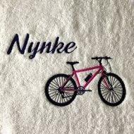 Handdoek met naam en mountainbike badtextiel, bike, fiets, handdoek, handdoek met naam en mountainbike, mountainbike, naam, naam handdoek