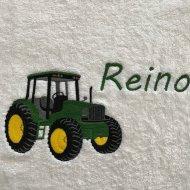 Handdoek met naam en John Deere tractor badtextiel, handdoek, handdoek met naam, handdoek met tractor, john deere, naam