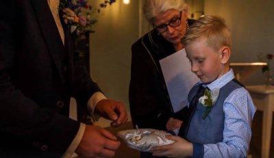 Ringkussen initialen en ringen bruidskussen, met naam en datum, ringkussen, trouwkussens